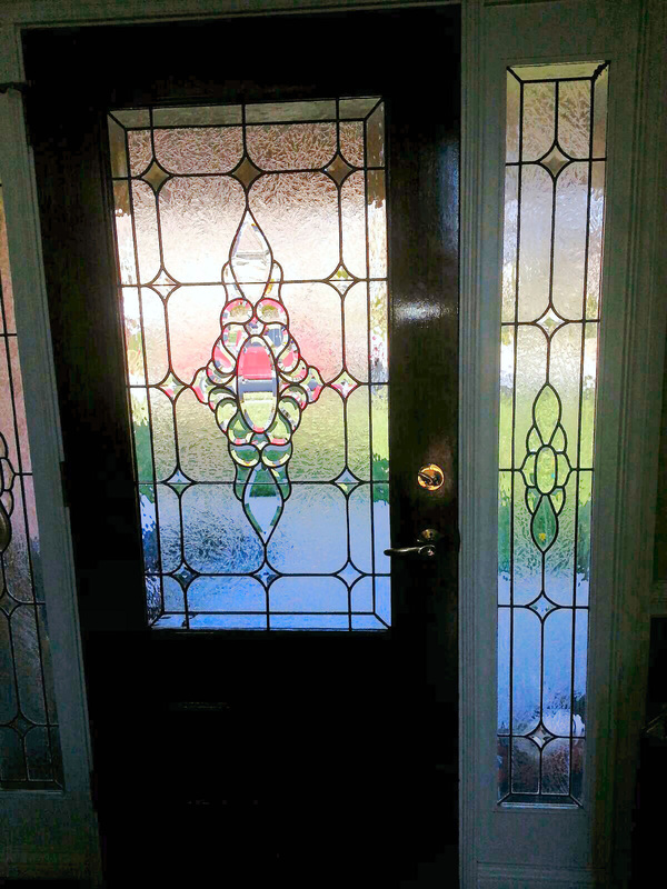 Beveled glass front doors leaded stained glass entry for Glass door design jobs